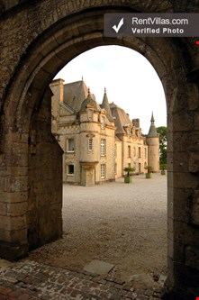 Photos Of Historic Luxury Chateau In Normandy Near Wwii