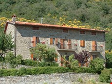 Photo of Cozy Cortona Villa in the Countryside