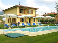 Photo 1 of Reviews of Spacious Family Villa in Tuscany with Private Pool