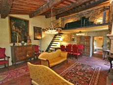 Photo 2 of Reviews of Charming 14th Century Apartment in the Center of a Medieval Town in Tuscany