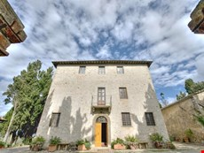 Photo 2 of Reviews of Beautiful Italian Villa near Volterra for Large Group