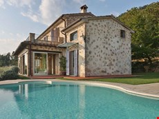 Photo of Villa in Tuscany Near the Coast and Walking Distance to Village