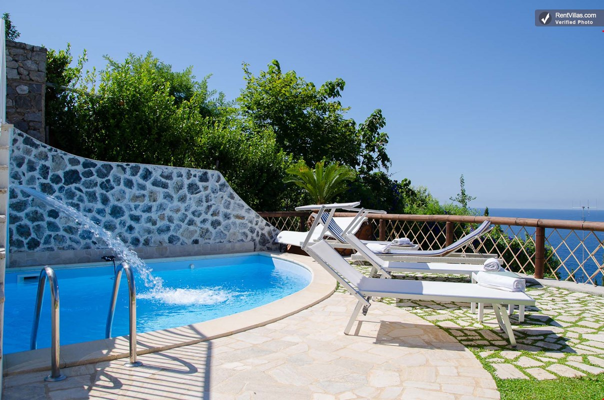 Photos Of Amalfi Coast Apartment With Pool For Two Couples