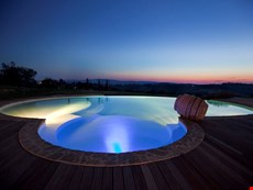 Photo 2 of Reviews of Beautiful Chianti Villa with Guest Cottage and Private Infinity Pool