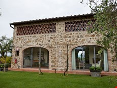 Photo of Tuscan Farmhouse Rental on Large Estate