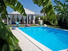 Photo of Family-Friendly Villa with Pool in Sicily Near Beach