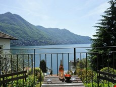 Photo of Lake Como Townhouse for a Family