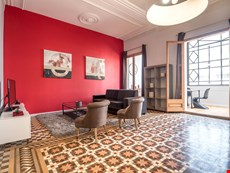 Photo 2 of Reviews of Barcelona Apartment at Plaza Catalunya near Las Ramblas